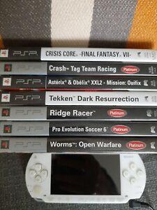 Sony PSP-1000 32 Mo Console Portable - Blanc Céramique avec 7 jeux