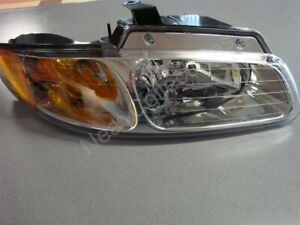 NOS OEM Dodge Caravan, Plymouth Voyager Headlamp Light 2000 Right Hand