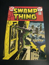 Wow! SWAMP THING #7 **SIGNED BY WRIGHTSON!** 9.0/9.2 GEM! SIGNATURE GUARANTEED!