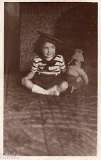 BJ091 Carte Photo vintage card RPPC Enfant fille poupée doll marin costume funny