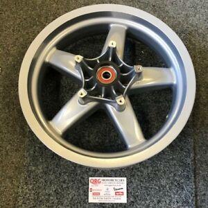 Piaggio XEVO 125, 250 front wheel 56374R