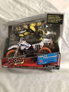 Travis Pastrana Bike N' Rider XS-MX Suzuki RM 250 Road Champs