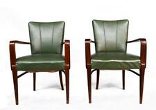 Paire de fauteuils 1940 en skaï vert et hêtre