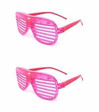 Occhiali rosa in plastica per carnevale e teatro