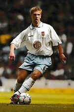 Football Photo>THOMAS HITZLSPERGER Aston Villa 2002-03