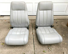 Two Center Seats for a Piper Aircraft PA-32-260, PA-32-300, or PA-32R-300