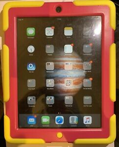 Apple iPad 2nd gen (32GB) w cable & cover case | Condition A