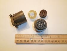 NEW - MS3106F 20-29S - 17 Pin Plug - Amphenol