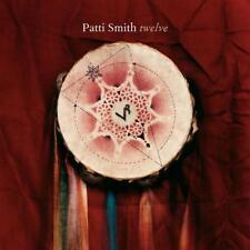 Twelve von Patti Smith (2007)