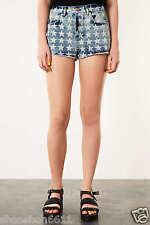 Topshop Azul Estrellas Estampado Dobladillo Deshilachado Shorst Denim Hotpants UK Size 6