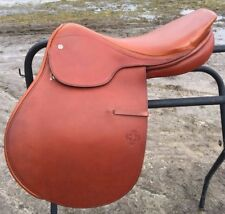 """Courbette Derby16.5""""  close contact English saddle NWOT"""