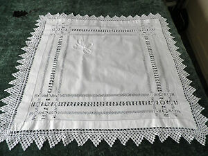 """STUNNING VINTAGE  LINEN / LACE TABLE CLOTH  - DRAWN THREAD - 34"""" BY 34"""""""