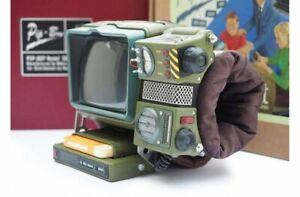 FALLOUT 76 Pip-Boy 2000 Mk VI Construction Kit 1:1 scale (UNOPENED)