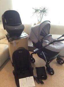 Silver Cross Wayfarer Grey/Simplicity car seat/+Extras