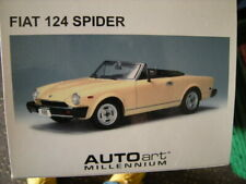 1:18 Autoart Fiat 124 Spider cream Nr. 72613 in OVP