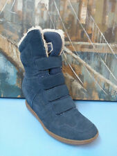 Skechers Wedge Blue Leather Winter Boots Sz 9