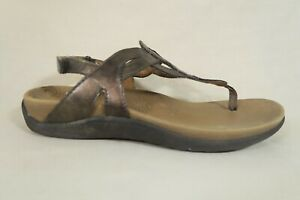 Cobb Hill Ramona Bronze Metallic Ankle Strap Thong Sandal Shoe Womens 6.5 W Wide
