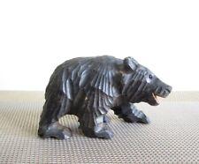 alter Holz-Bär hand-geschnitzt mit Glasaugen, carved bear