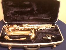 CONN GOLD LACQUER SHOOTING STAR STARBURST ALTO SAXOPHONE w/MOUTHPIECE & CASE