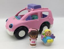 Little People Fisher Price Musical Open And Close Pink SUV With Mom And Baby.
