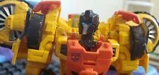 Transformers Generations Autobot Voyager Sandstorm (Thrilling 30)