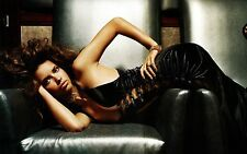 Adriana Lima Unsigned 8x12 Photo (88)