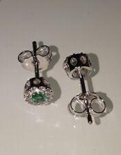 Preziosi ed eleganti orecchini con smeraldi e diamanti in oro bianco 750 18 kt