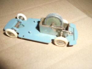 gege 1/43 chassis avec moteur simca aronde