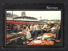 RENNES (35) MARCHAND de LEGUMES au Marché
