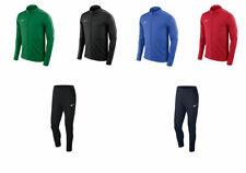Nike Dri Fit Tuta Uomo Da Ginnastica disponibile in Vari Colori e Taglie