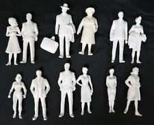 1/24 G GENUINE PREISER TWELVE UNPAINTED  STANDING FIGURES, MEN AND WOMEN