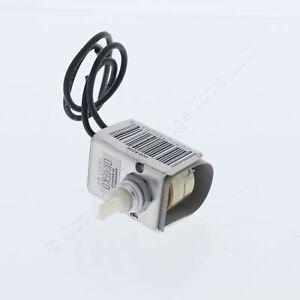 Leviton Full Range Lamp Dimmer Heat Control Style A Offset Shaft 200W 120V 6204