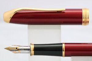 Vintage (c1997-99) Cross Pinnacle Bordeaux Medium Fountain Pen, GT