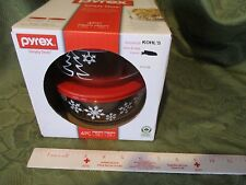 Pyrex Simply Store 4 Piece Set Snowflake 4 Cup Glass Container New xmas tree red