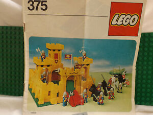 ULTRA RARE VINTAGE YELLOW LEGO CASTLE 375 WITH KNIGHTS INSTRUCTIONS EXCELLENT