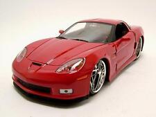 Chevrolet Corvette Z06 2006 rojo, Coche modelo 1:24 / Jada Toys