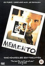 Memento (Guy Pearce, Carrie-Anne Moss)