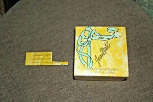 Jean Nate Perfumed Bath Powder NEW