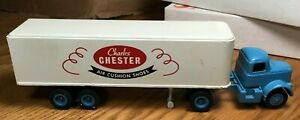 Winross White 9000 Charles Chester Shoes Tractor/Trailer 1/64