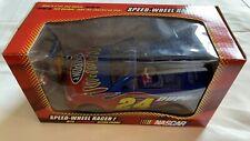 2004 Jeff Gordon Speed-Wheel Racer & Action Figure #24 Dupont Nascar Car Toy