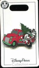 Christmas 2019 Mickey Minnie Car with Tree Disney Pin