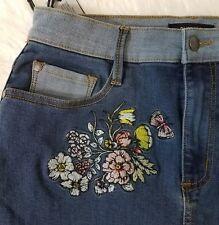 Buffalo David Bitton Womens Denim PencilSkirt Embroidered Floral Sz 28 Blue A10