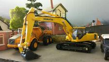 Modellini statici di auto, furgoni e camion escavatore giallo