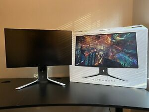"""Alienware AW2721D 27"""" 240Hz QHD Gaming Monitor - White"""