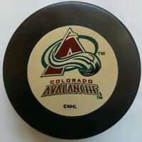 COLORADO AVALANCHE NHL OFFICIAL INGLASCO OLD HOCKEY PUCK MADE IN SLOVAKIA VEGUM