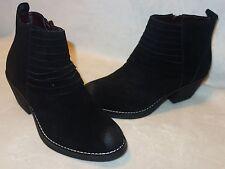 Report Sigature Fullerton Black Boots Sz 6