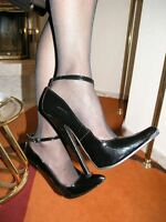 Extrem Stiletto Lack Pumps High-Heels Größe 45 Schwarz mit Riemchen 18cm Absatz