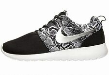 Nike Women's Lace Up Athletic Shoes