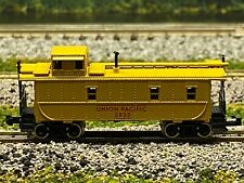 N Scale - Atlas 3562 Union Pacific Steel Caboose UP 3825 N2240