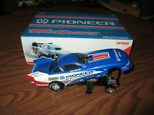1998 Action Tom Hoover Pioneer NHRA Funny Car 1:24 Scale